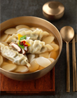Rice cake and dumpling soup